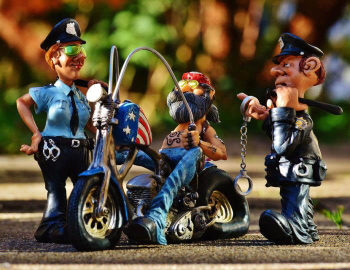 biker-1032806_1920